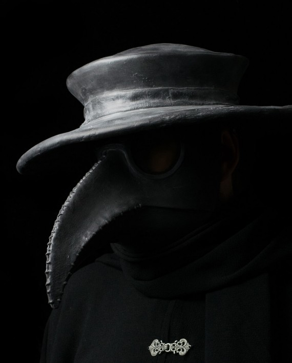 blacktradtradhat2